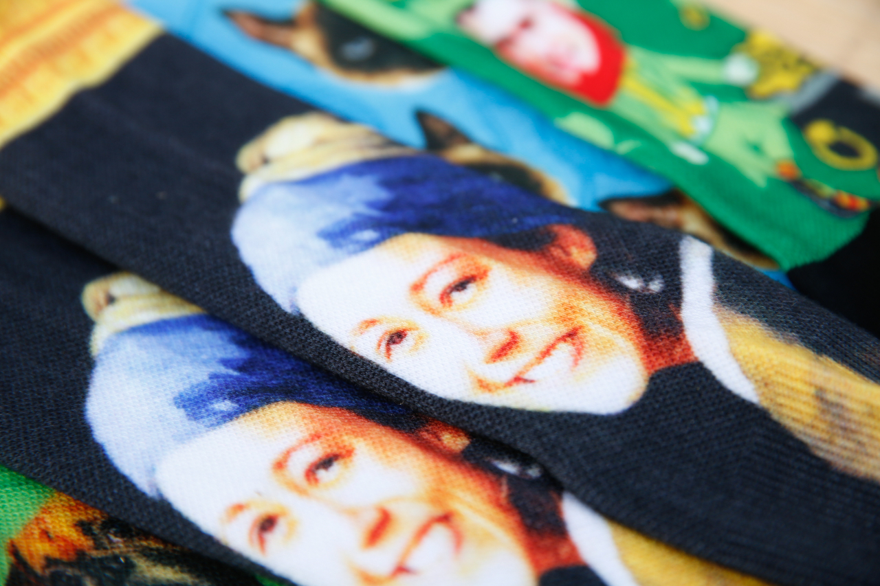 custom cartoon socks