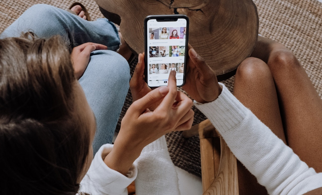 Create a consistent Instagram feed