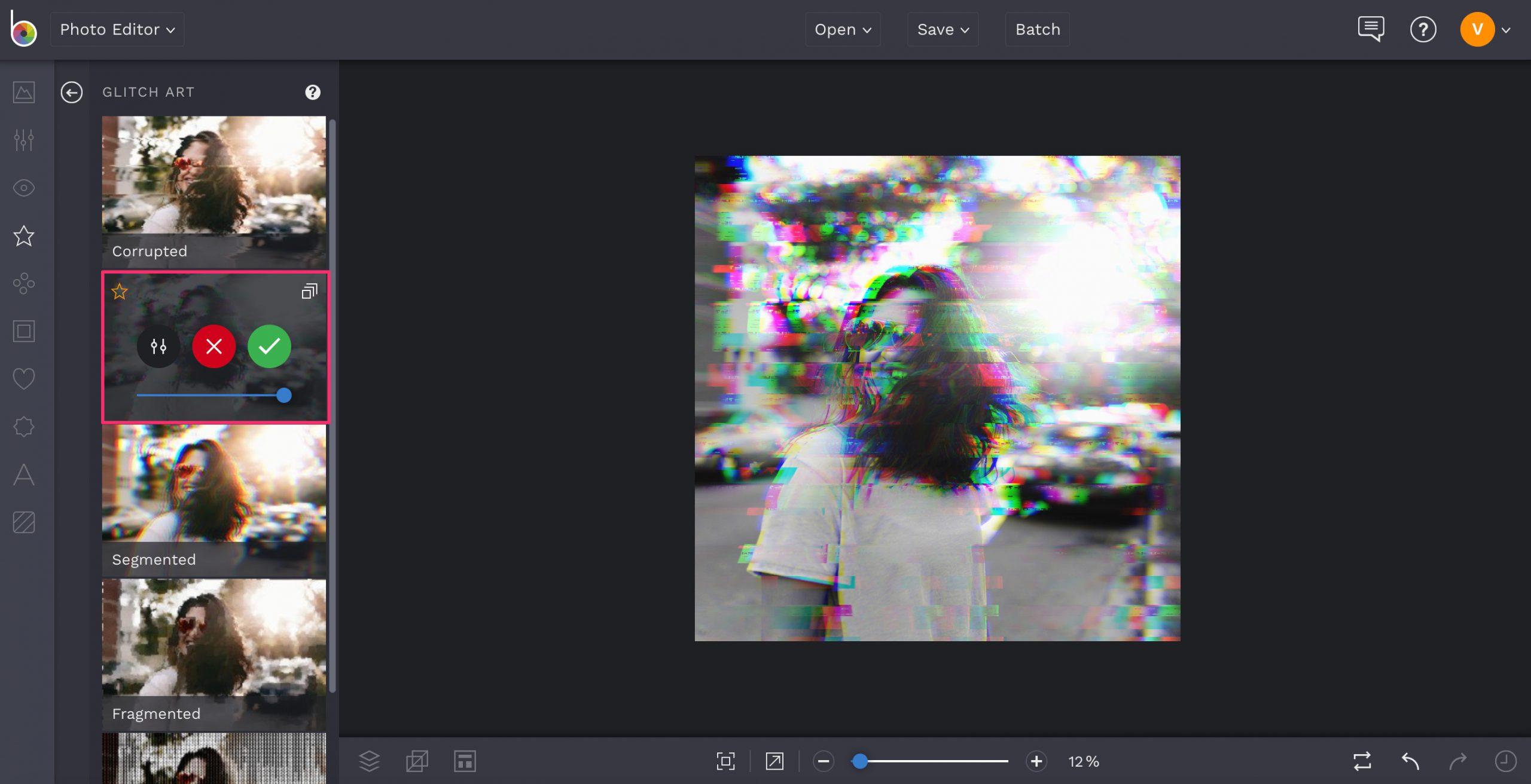 Online glitch art editor