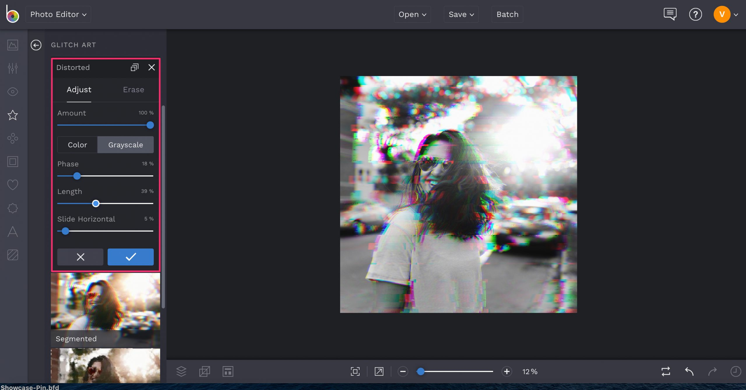 Online distorted photo effects